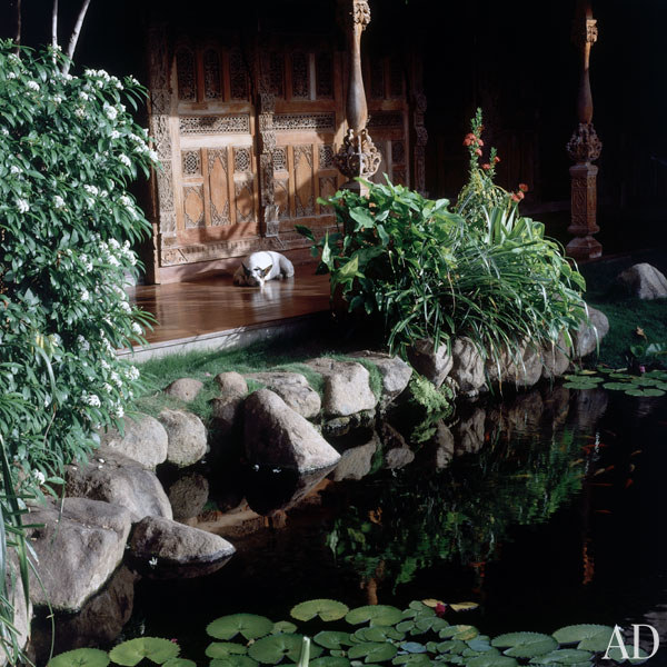 dam-images-celebrity-homes-1992-david-bowie-david-bowie-08