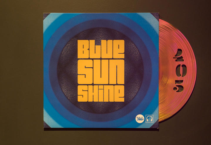 05-boutique-hotel-paris-music-70s-suite-blue-sunshine_oggetto_editoriale_h495