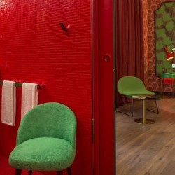 10-boutique-hotel-paris-music-70s-suite-jungle-fever_oggetto_editoriale_h495
