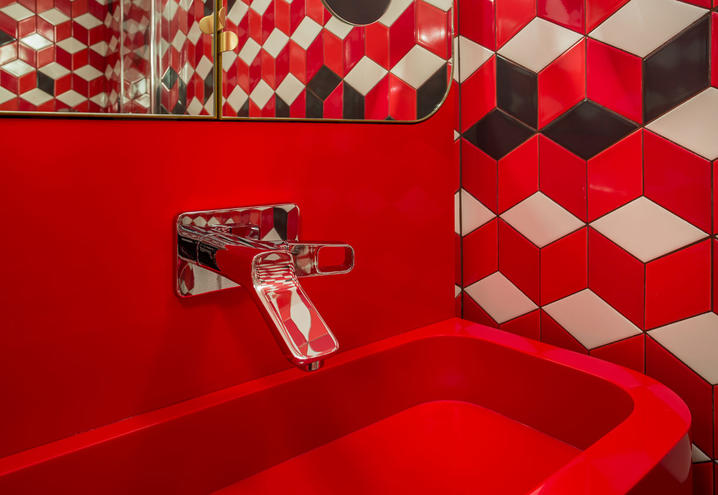 13-boutique-hotel-paris-music-70s-bathroom-my-cherie-amour_oggetto_editoriale_h495